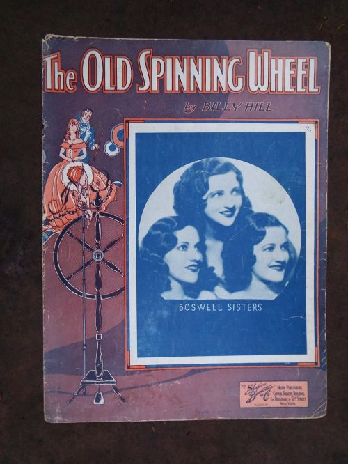 OLD SPINNING WHEEL Boswells