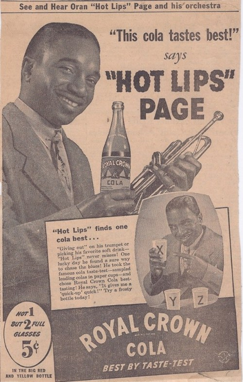 LIPS PAGE COLA