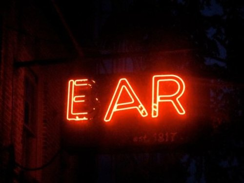 EAR INN sign
