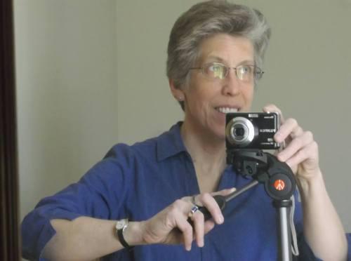 LAURA WYMAN w camera