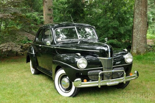 1941 Ford V8 Super Deluxe 5 Passenger Coupe
