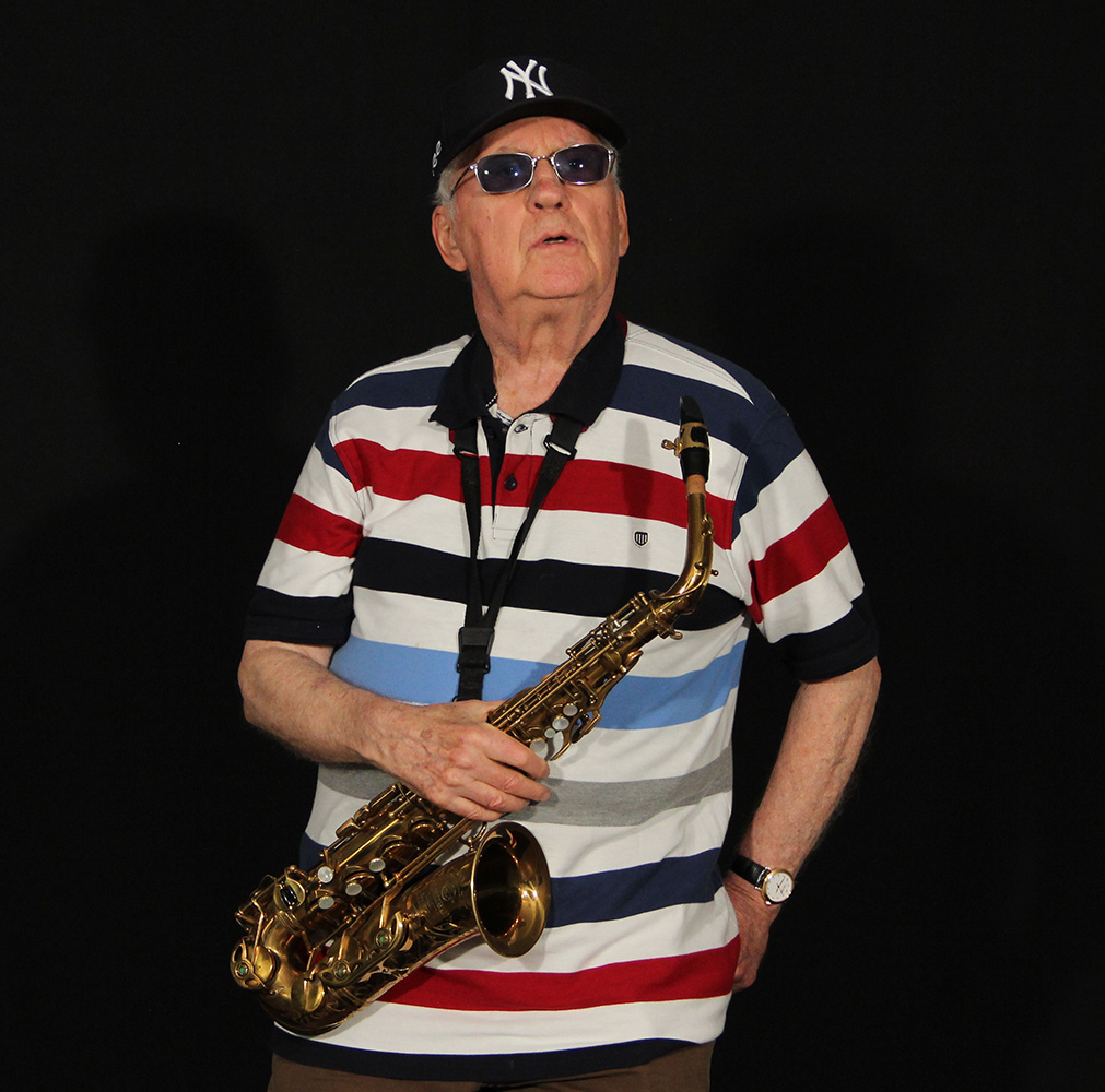 This image has an empty alt attribute; its file name is lee-konitz-for-selmer.jpeg